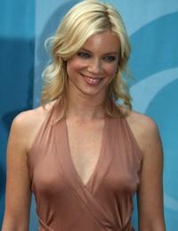 Amy smart nude actress