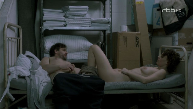 Effi Rabsilber nude - Nackt (2016)