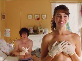 Lyndsy Fonseca sexy - Kick-Ass (2010)