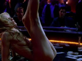 Daryl Hannah nude - Dancing at the Blue Iguana (2000)