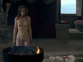 Julie Delpy nude - La Passion Beatrice (1987)