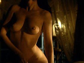 Natalia Worner nude - Der Elefant vergisst nie (1995)