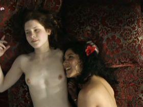 Dounia Sichov nude, Julia Artamonov nude - La belle endormie (2010)