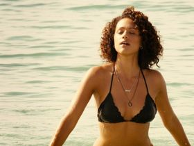 Nathalie Emmanuel sexy, Michelle Rodriguez sexy - Furious Seven (2015)