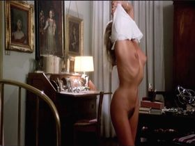 Ursula Andress nude - The Sensuous Nurse (1975)