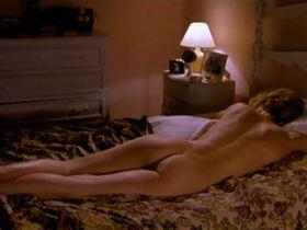 Emma Suarez nude - Besos Para Todos (2000)