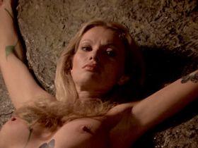 Alexandra Delli Colli nude - Zombie Holocaust (1980)