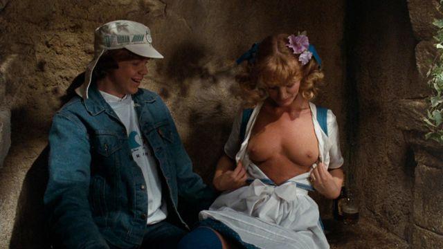 karina kapoor sex scene