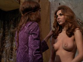 Sandra Julien nude - The Shiver of the Vampires (1971)