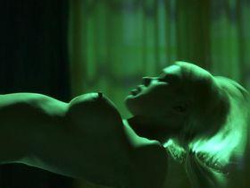 Rebecca Blumhagen nude, Riley Steele nude - The Girl's Guide to Depravity s01e07 (2012)