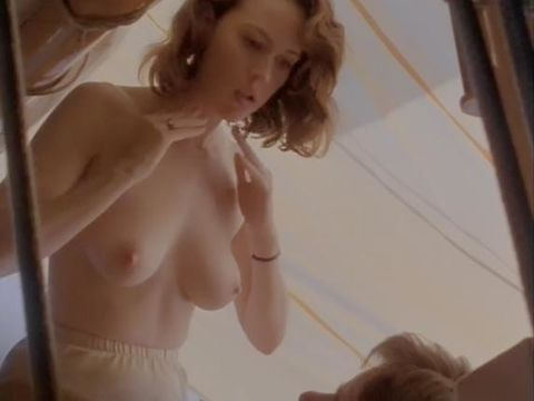 naked Molly ringwald