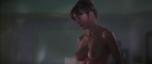 nude pics from halloween movie