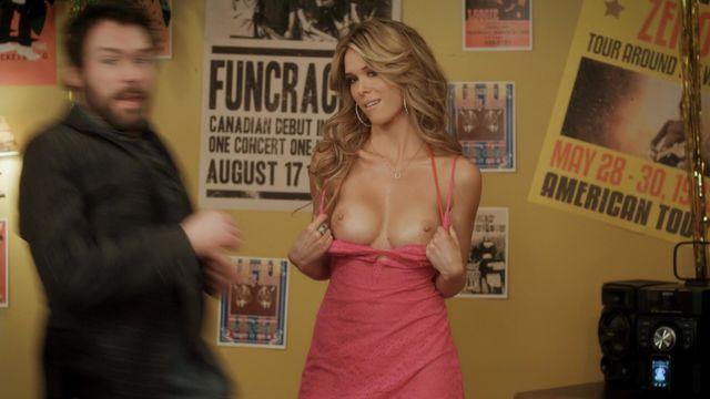 Renee zellweger boob