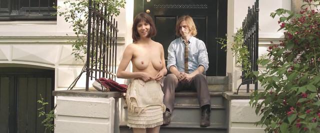 Romy Lauwers nude - Het leven is vurrukkulluk (2018)