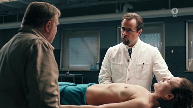 Lilia Lehner nude - Tatort - Schlangengrube (2018)