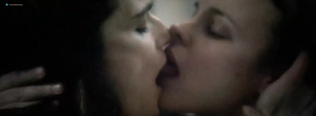 Rachel McAdams sexy, Rachel Weisz nude - Disobedience (2018)