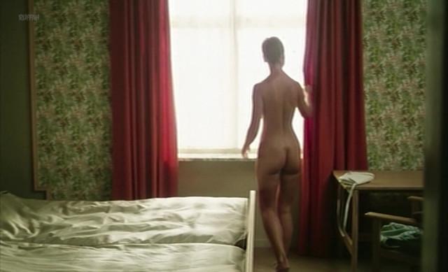 Masja Dessau nude - Det Parallelle Lig (1982)