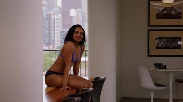 Mekia Cox sexy - Chicago Med s03e01 (2017)