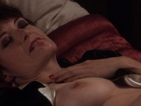Catherine McCormack nude - Shadow of the Vampire (2000)
