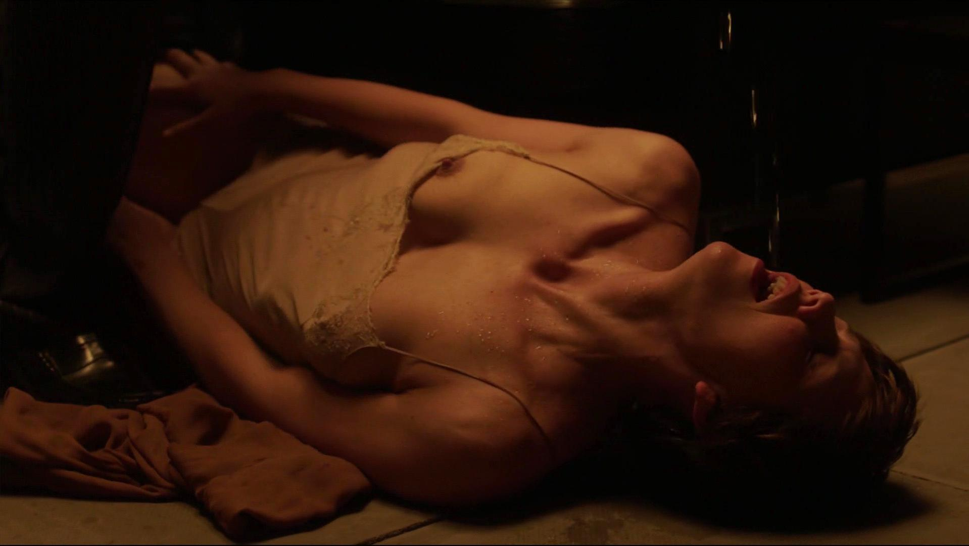 Maggie Gyllenhaal nude - The Honourable Woman s01e06 (2014)