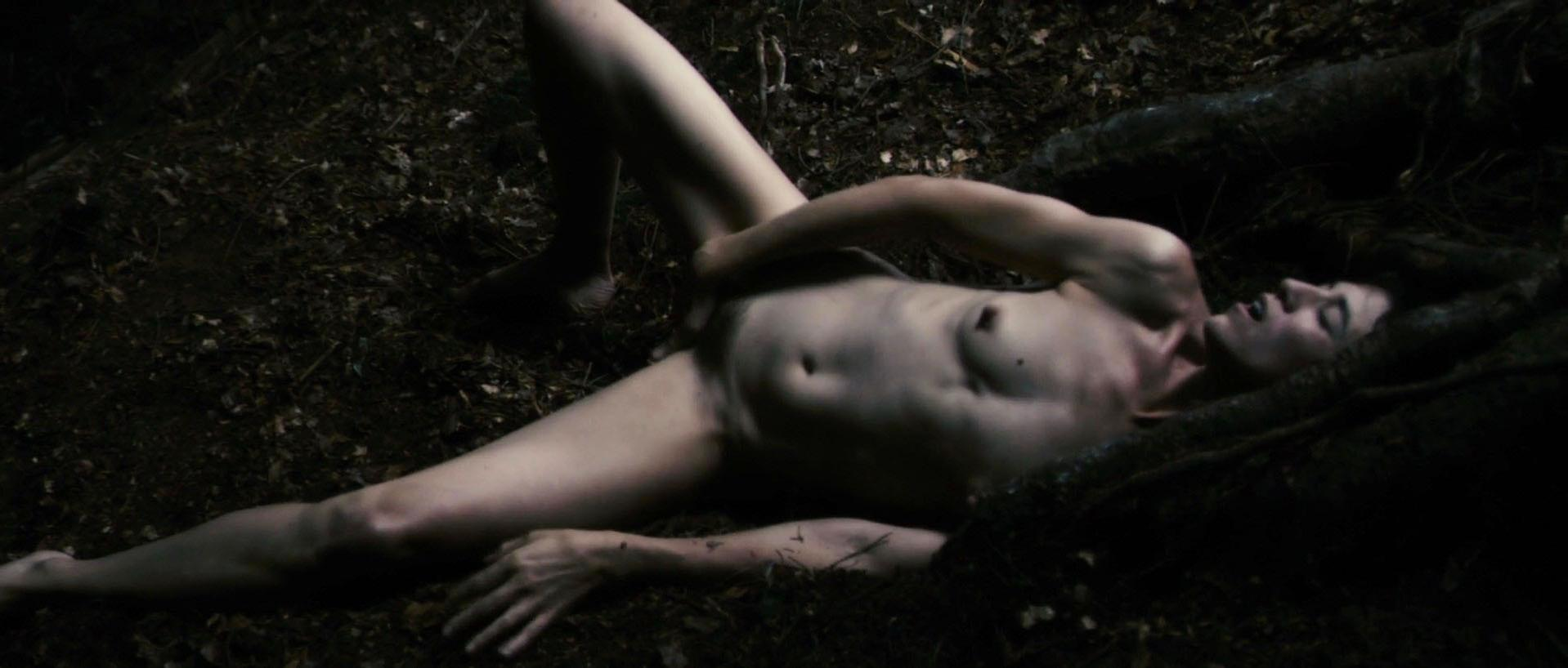 Charlotte Gainsbourg nude - Antichrist (2009)