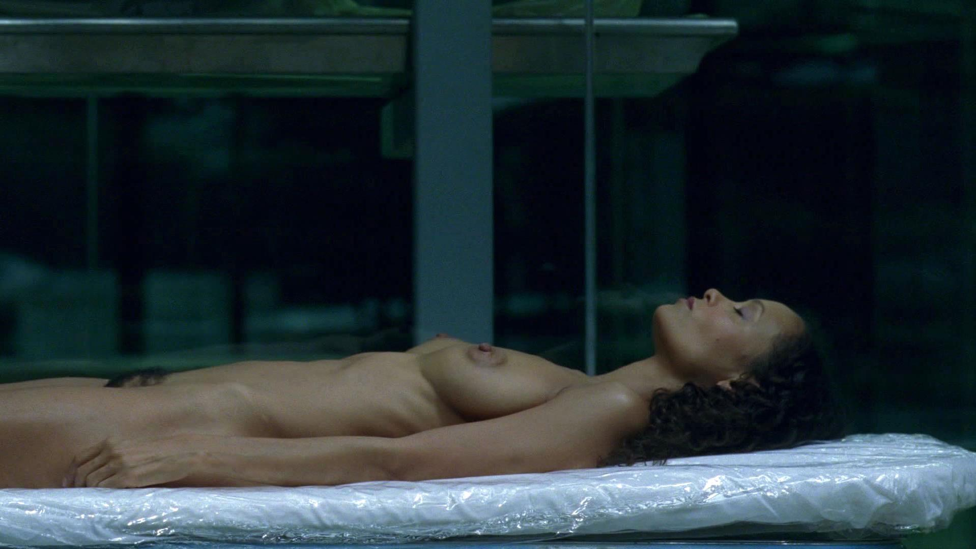 Thandie Newton nude - Westworld s01e05 (2016)