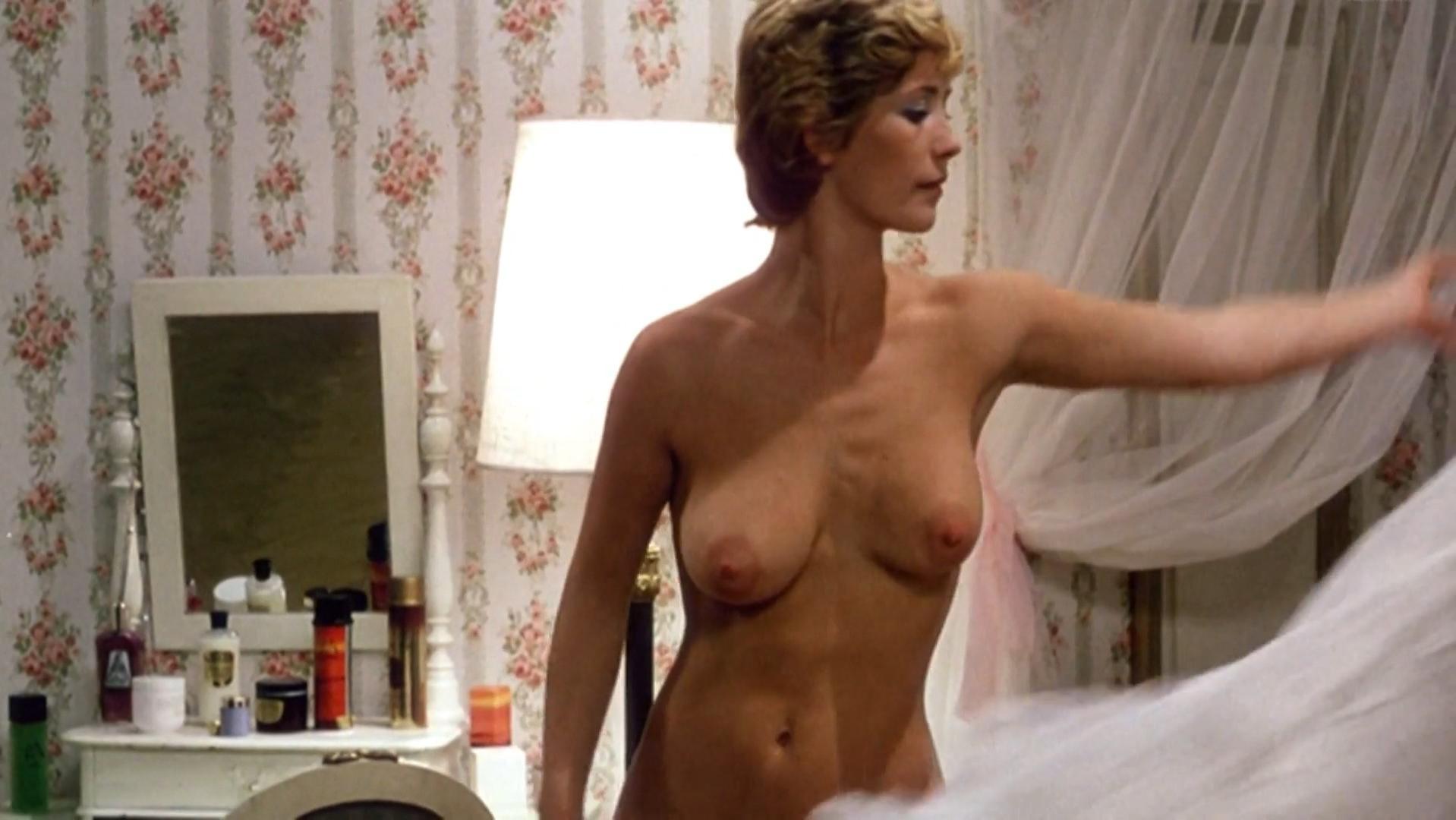 Anette Karlsen nude - Mig og mafiaen (1973)