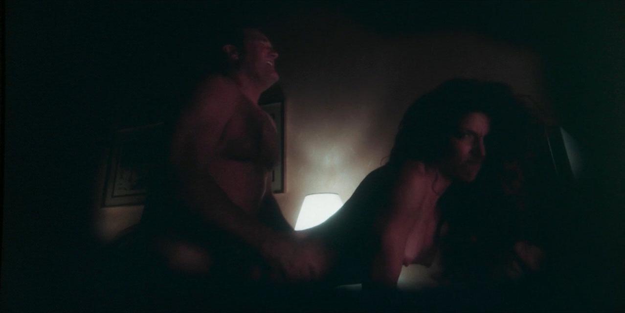 Tania Raymonde nude - Goliath s01e06 (2016)