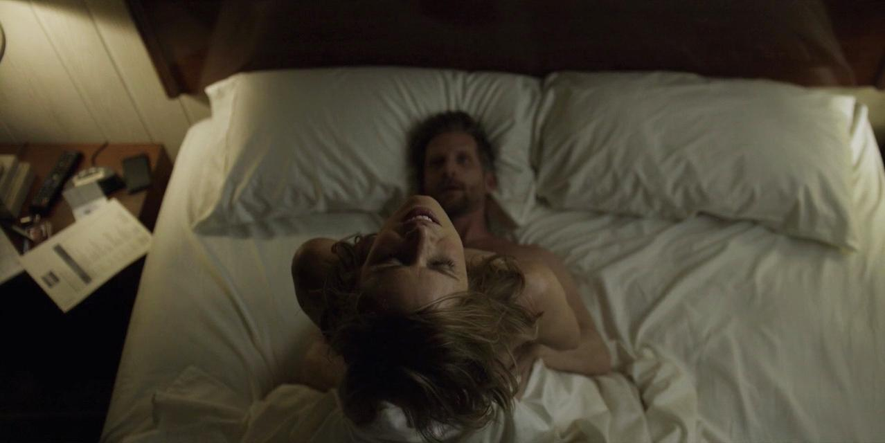 Kim Dickens nude - House of Cards s03e09-10 (2015)