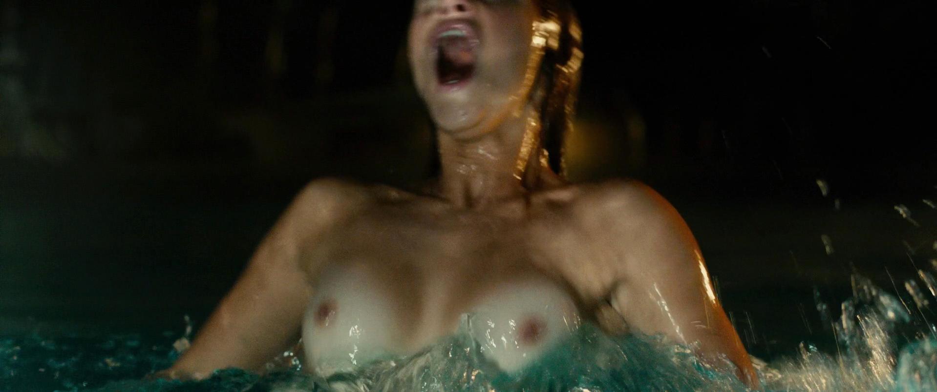 Nicole Fox nude - Girlhouse (2014)