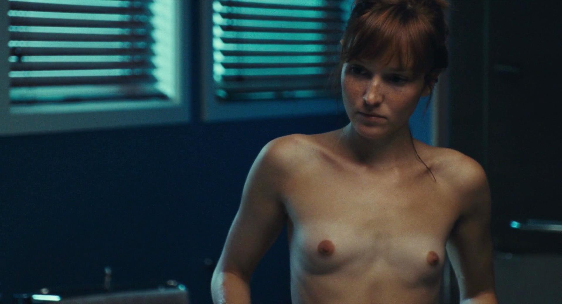 Anais Demoustier nude - Une nouvelle amie (2014)