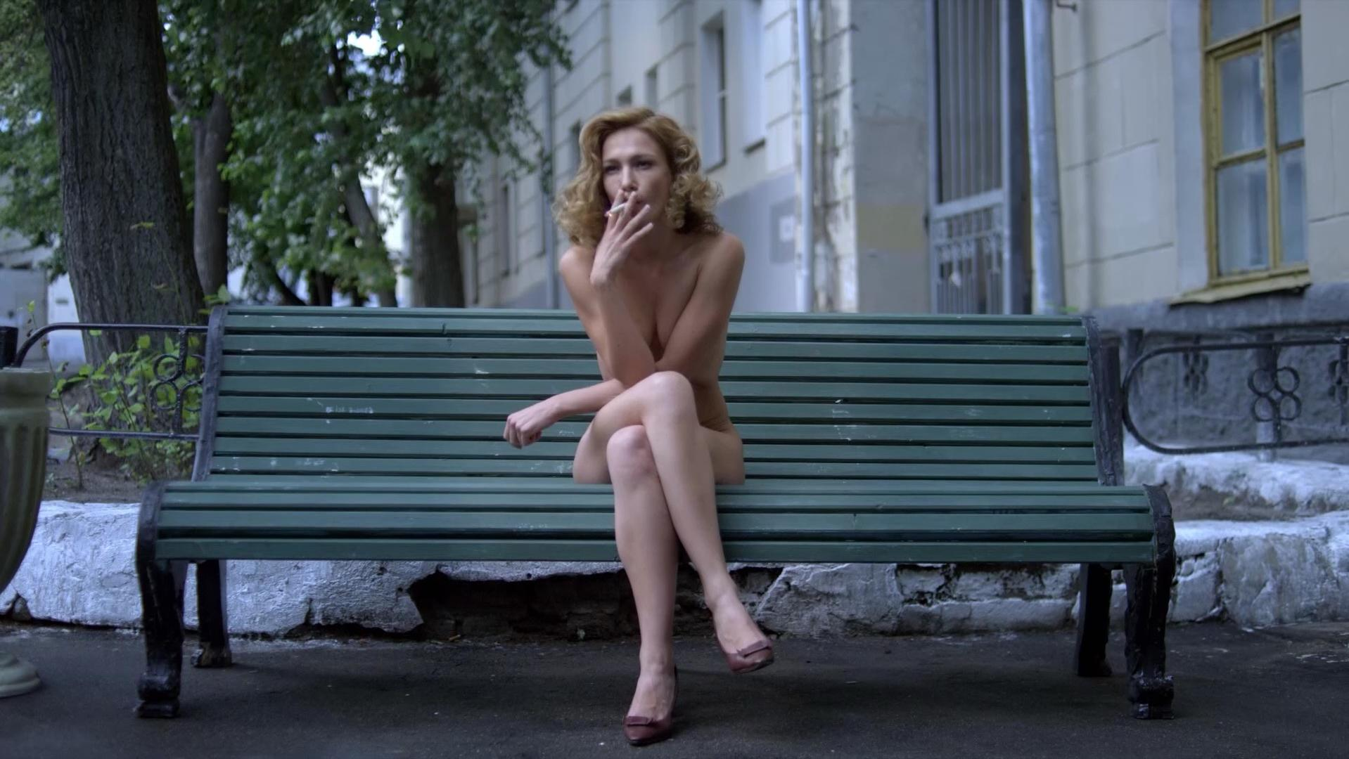 Evgeniya Brik nude - Ottepel s01e01 (2013)