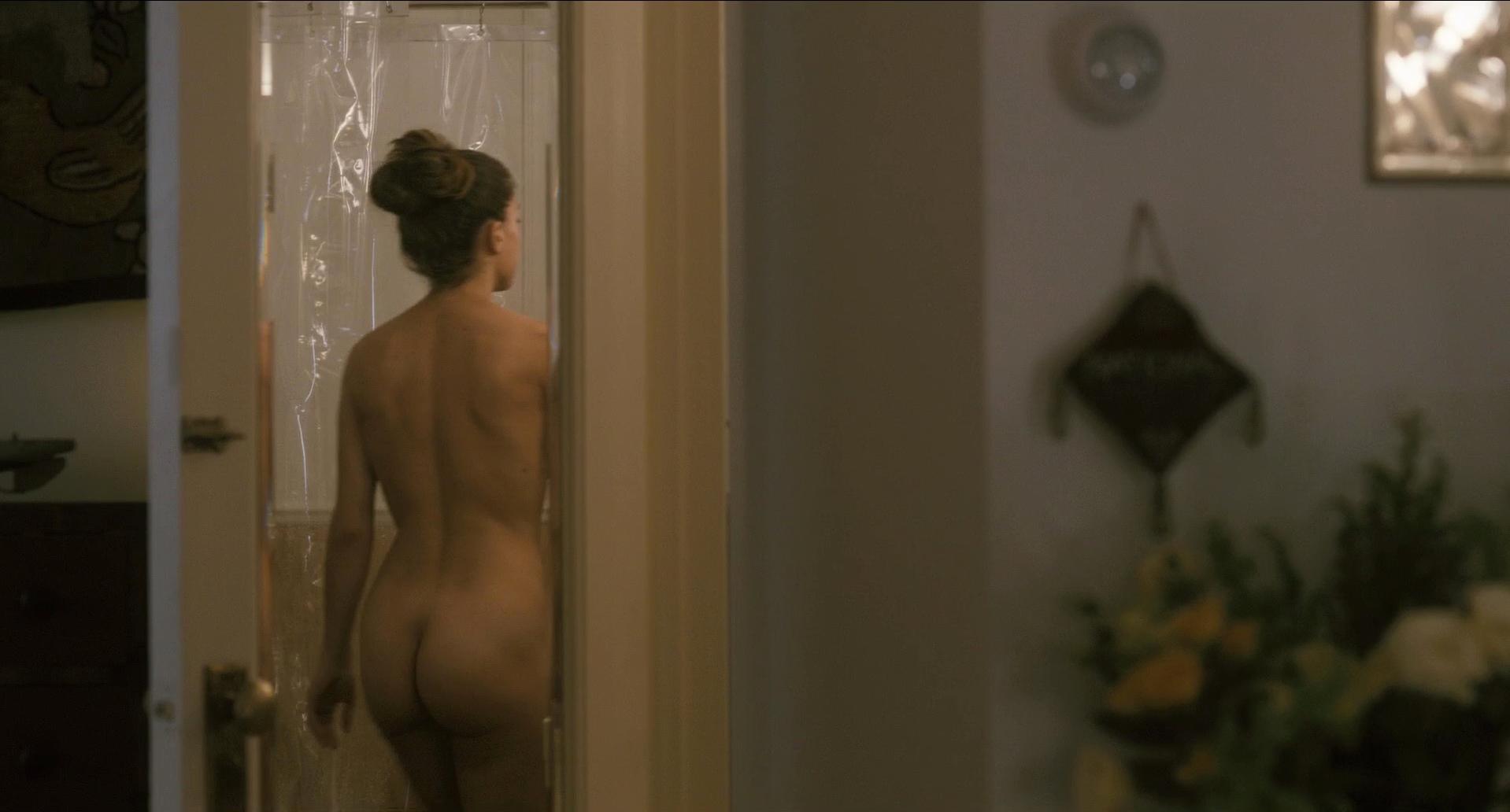 Melanie Merkosky nude - Le regne de la beaute (2014)