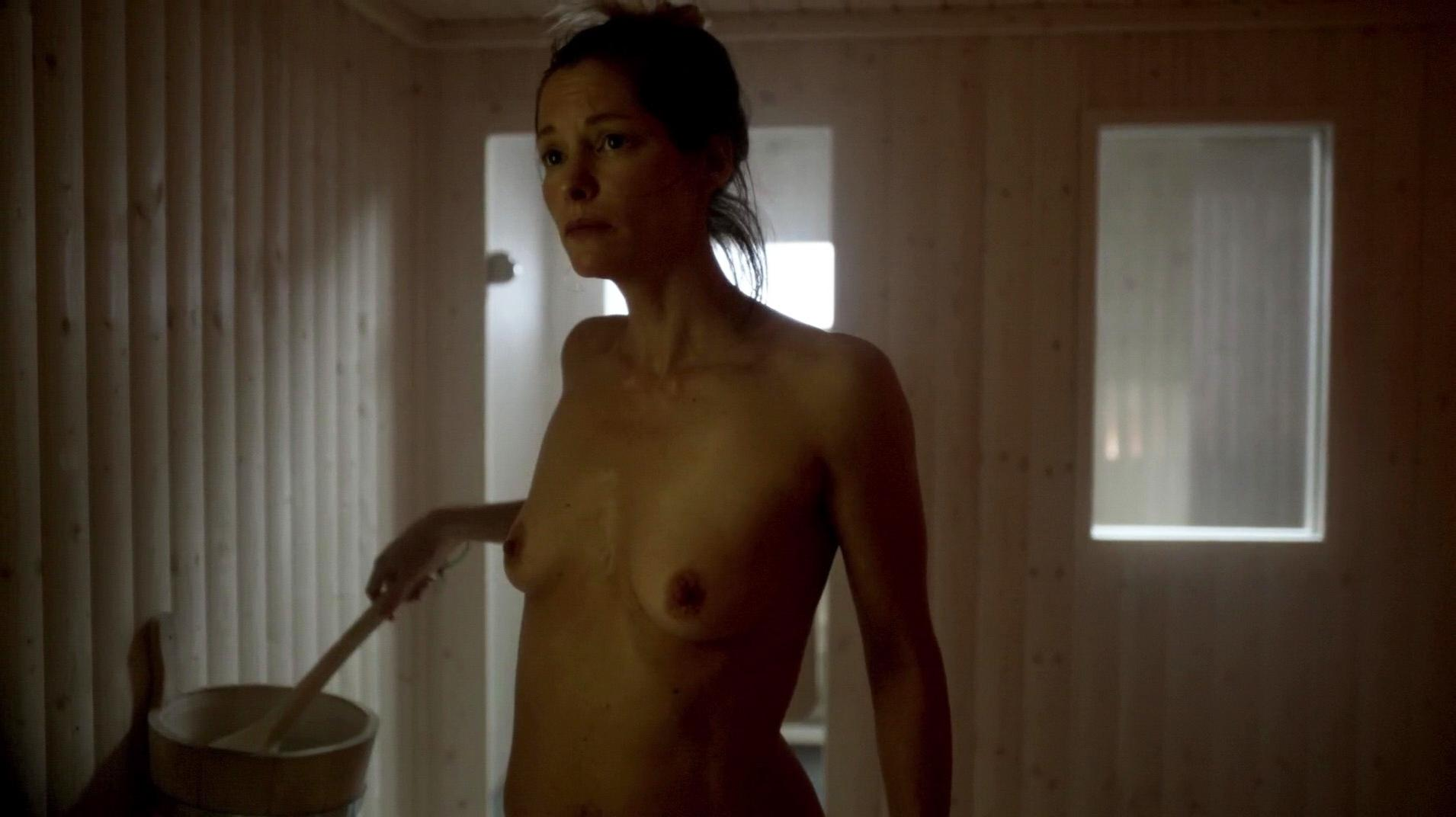 Veronica Echegui Free Nude Scene Clip