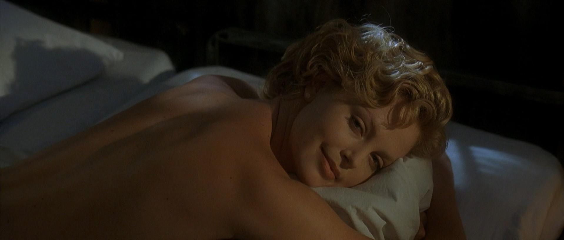 Charlize Theron nude - The Cider House Rules (1999)