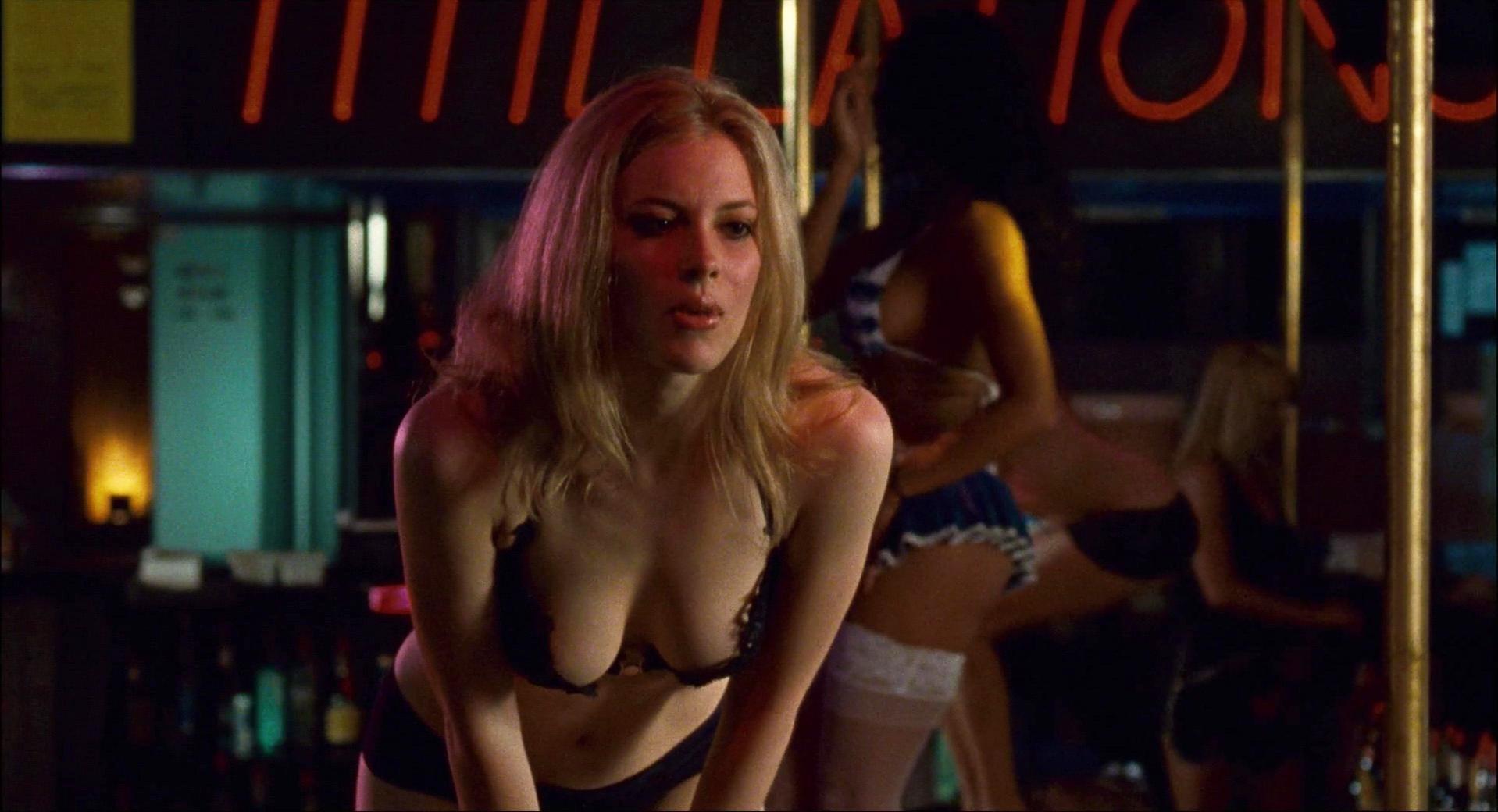 jacobs nude Gillian choke