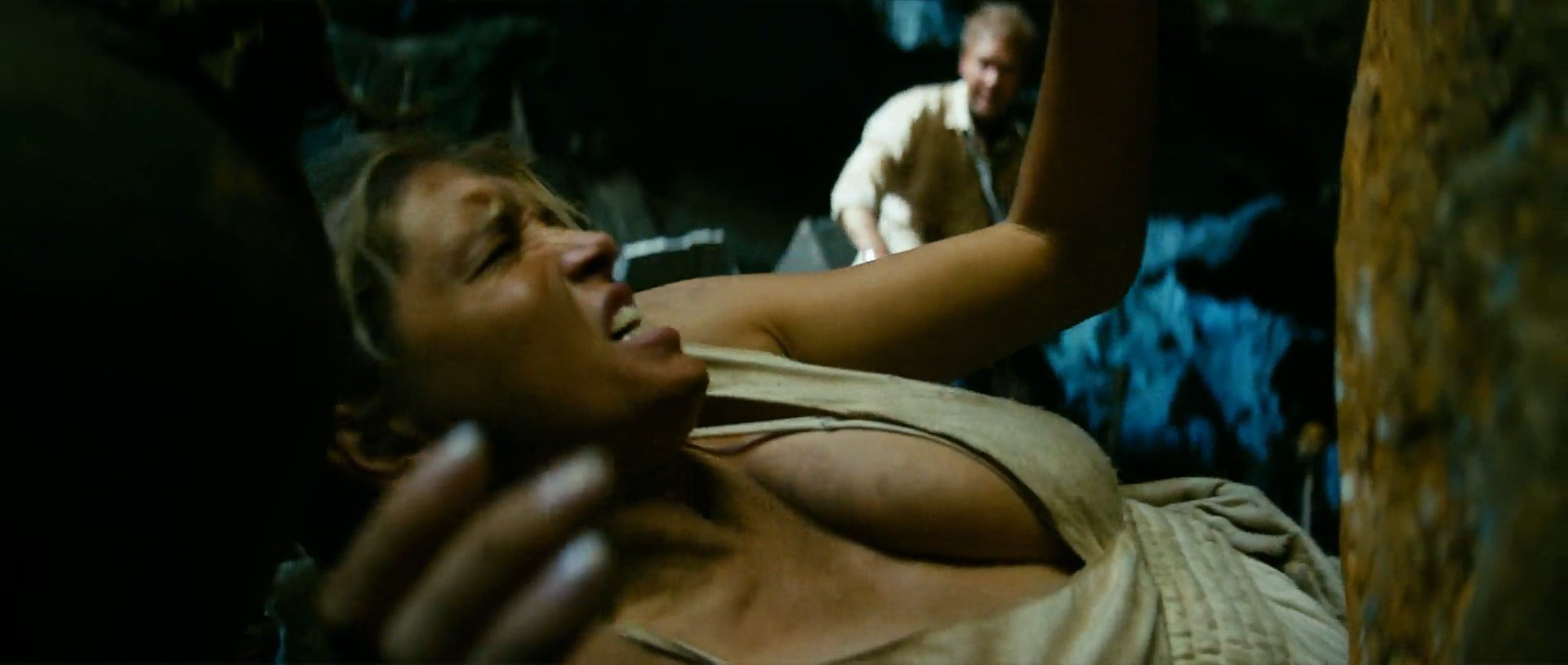 Vera Brezhneva sexy - Jungle (2012)