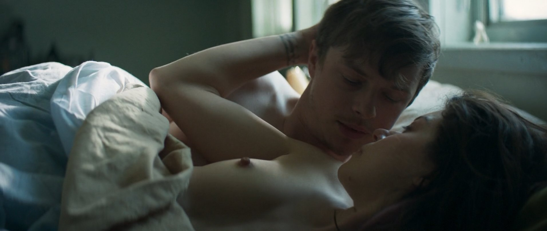 Tatiana Maslany nude - Two Lovers and a Bear (2016)