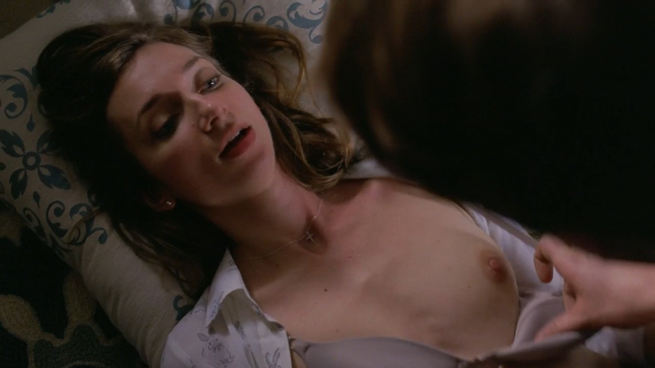 Lauren Lapkus nude - Crashing s01e01 (2017)