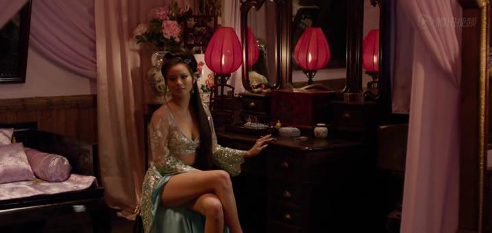 Jamie Chung sexy - The Man With The Iron Fists (2012)