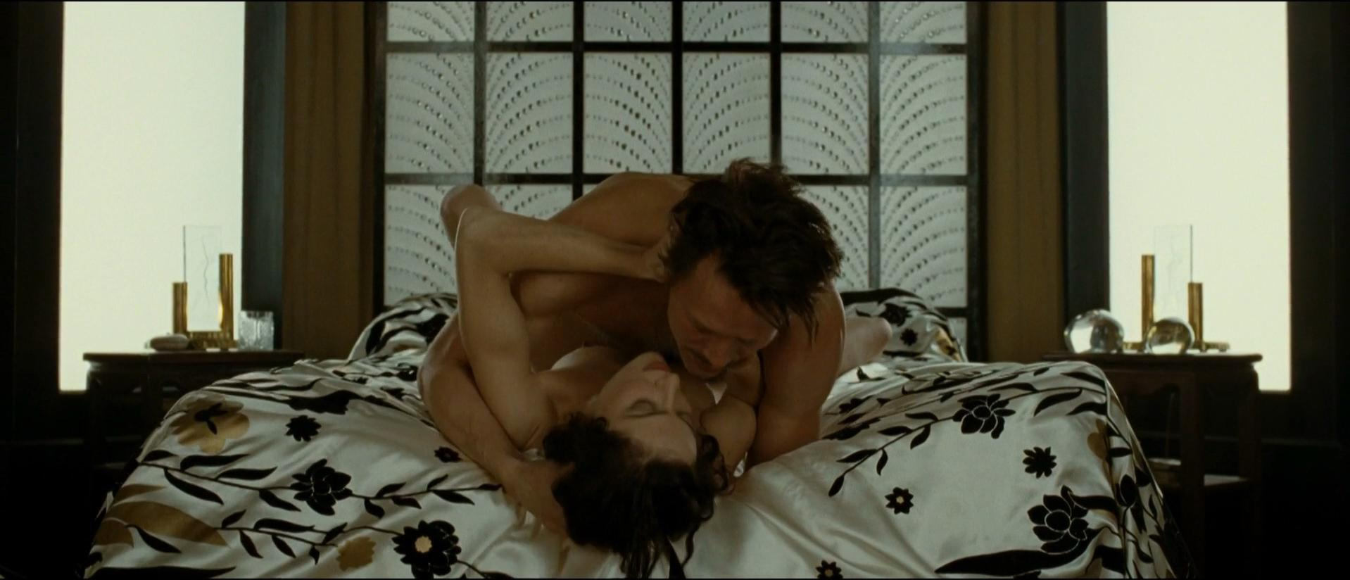 Anna Mouglalis nude - Coco Chanel & Igor Stravinsky (2009)