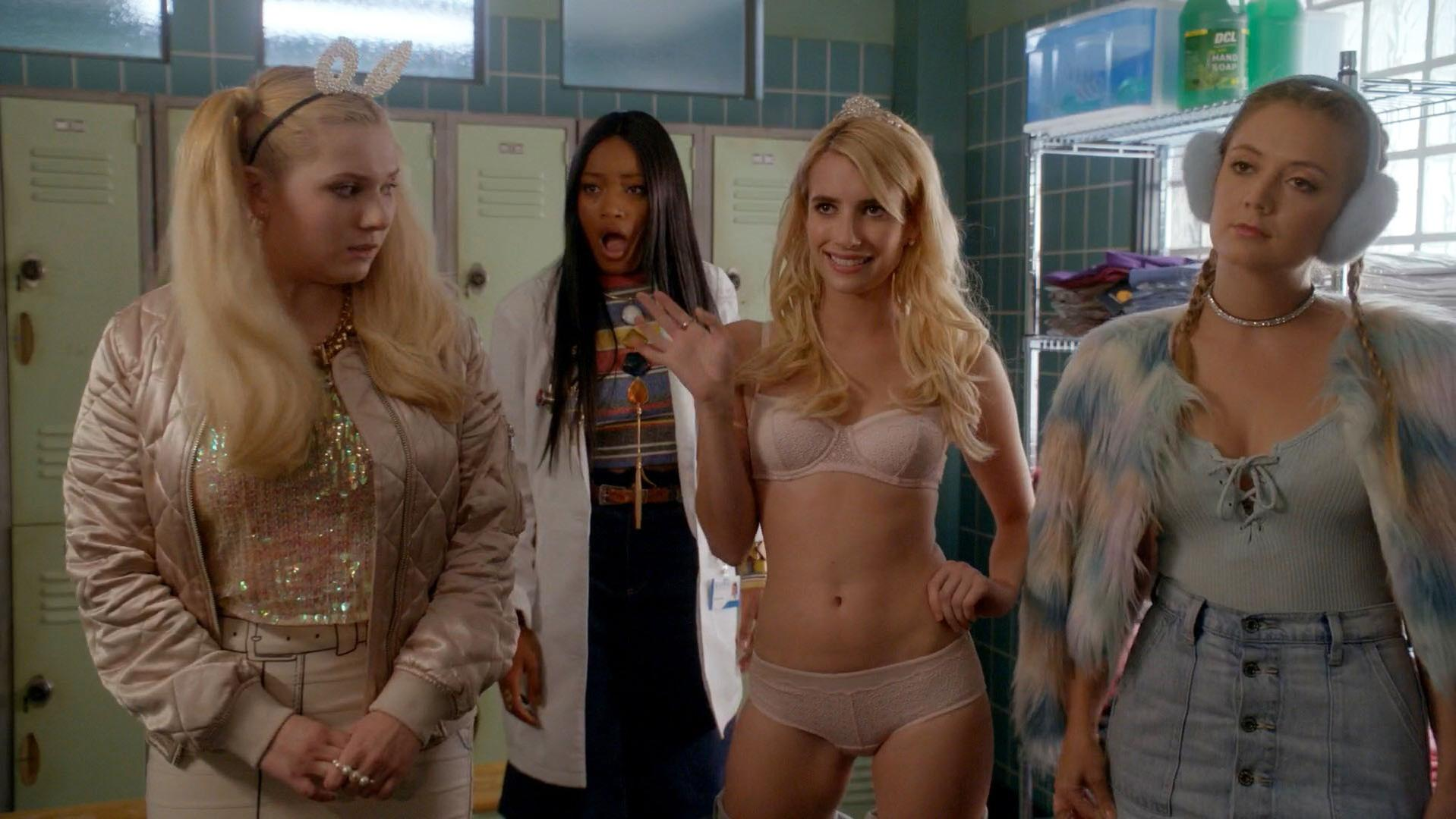 Emma Roberts sexy - Scream Queens s02e01 (2016)