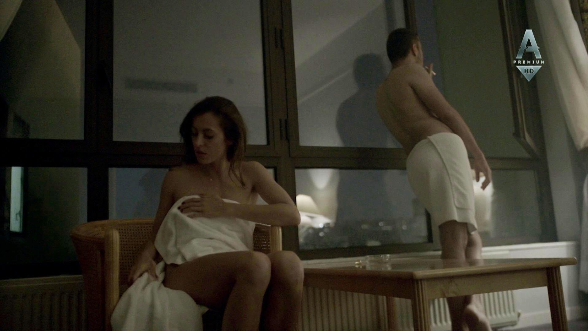 Anastasiya Meskova sexy - Sladkaya zhizn s01e04 (2014)