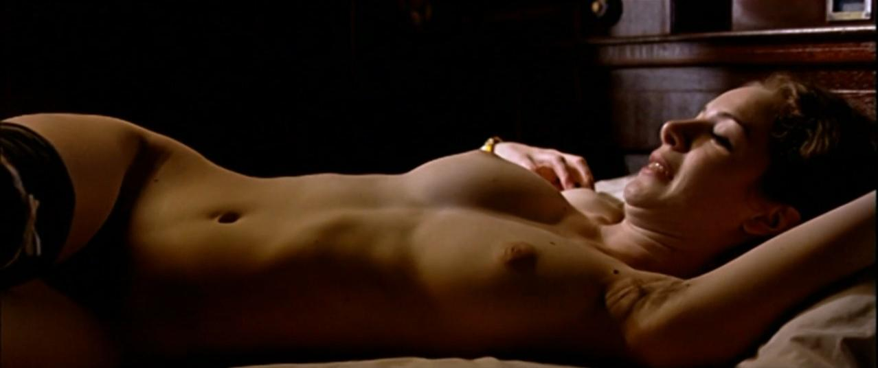Merce Llorens nude, Belen Blanco nude - La puta y la ballena (2004)