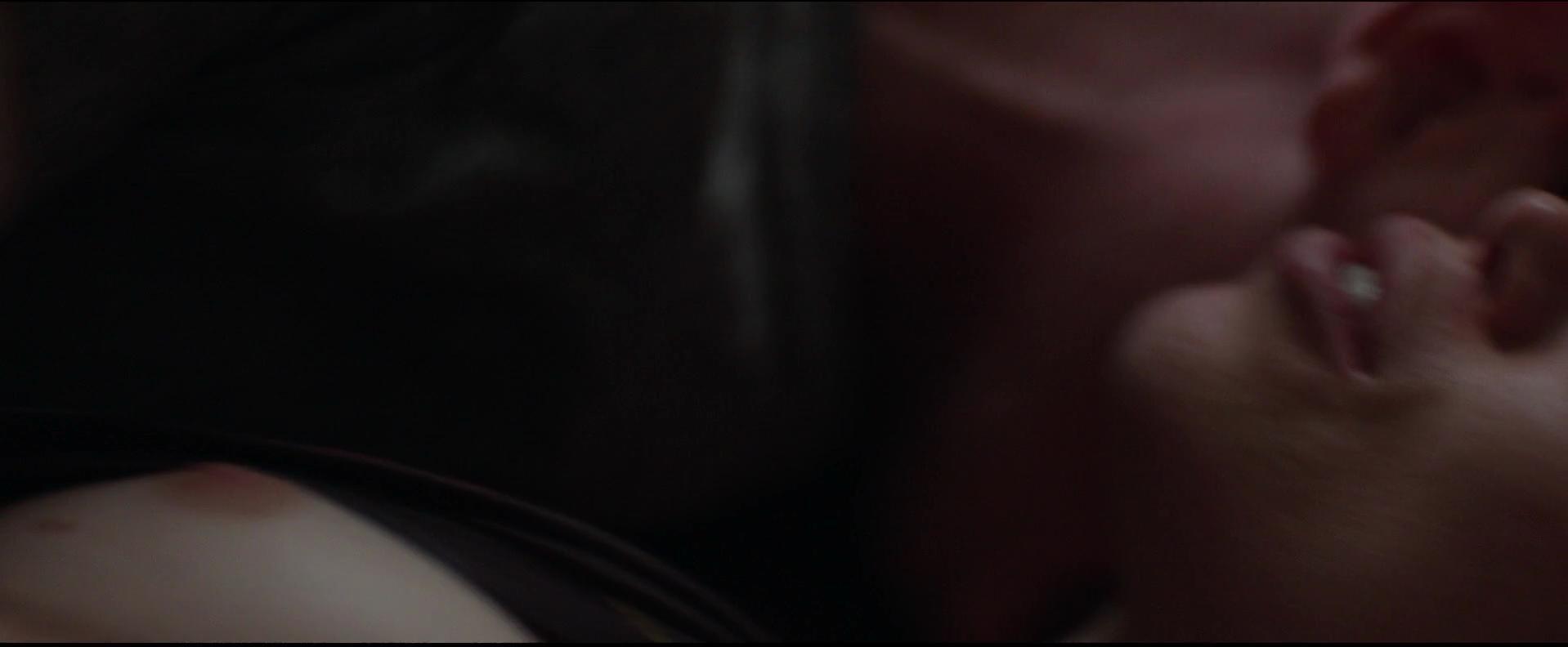 Amanda Fuller nude, Sara Paxton sexy - Cheap Thrills (2013)