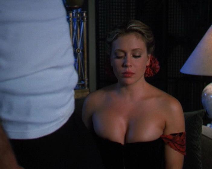 Alyssa Milano sexy - Charmed s03e07-22 (2000)