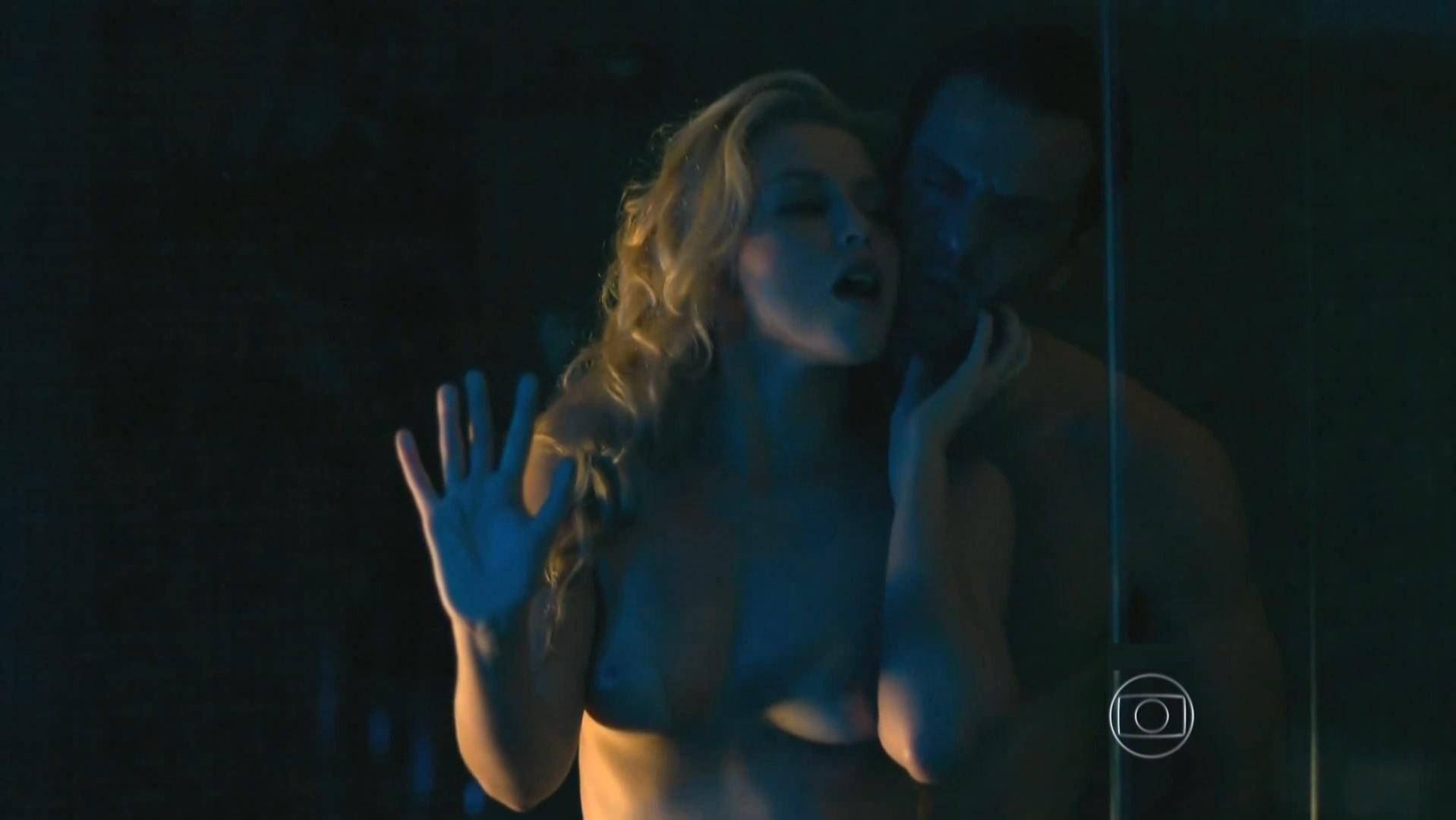 Rhaisa Batista nude - Verdades Secretas s01e15 (2015)