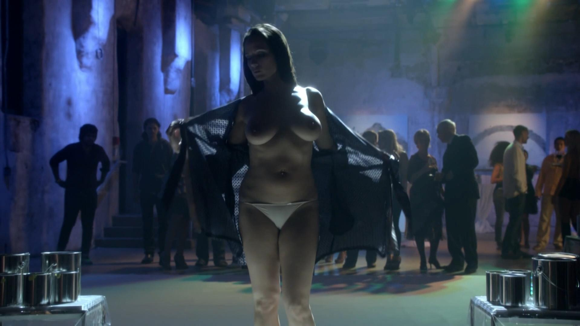 Moon Dailly nude, Samantha Farrow nude - Transporter The Series s01e01 (2012)