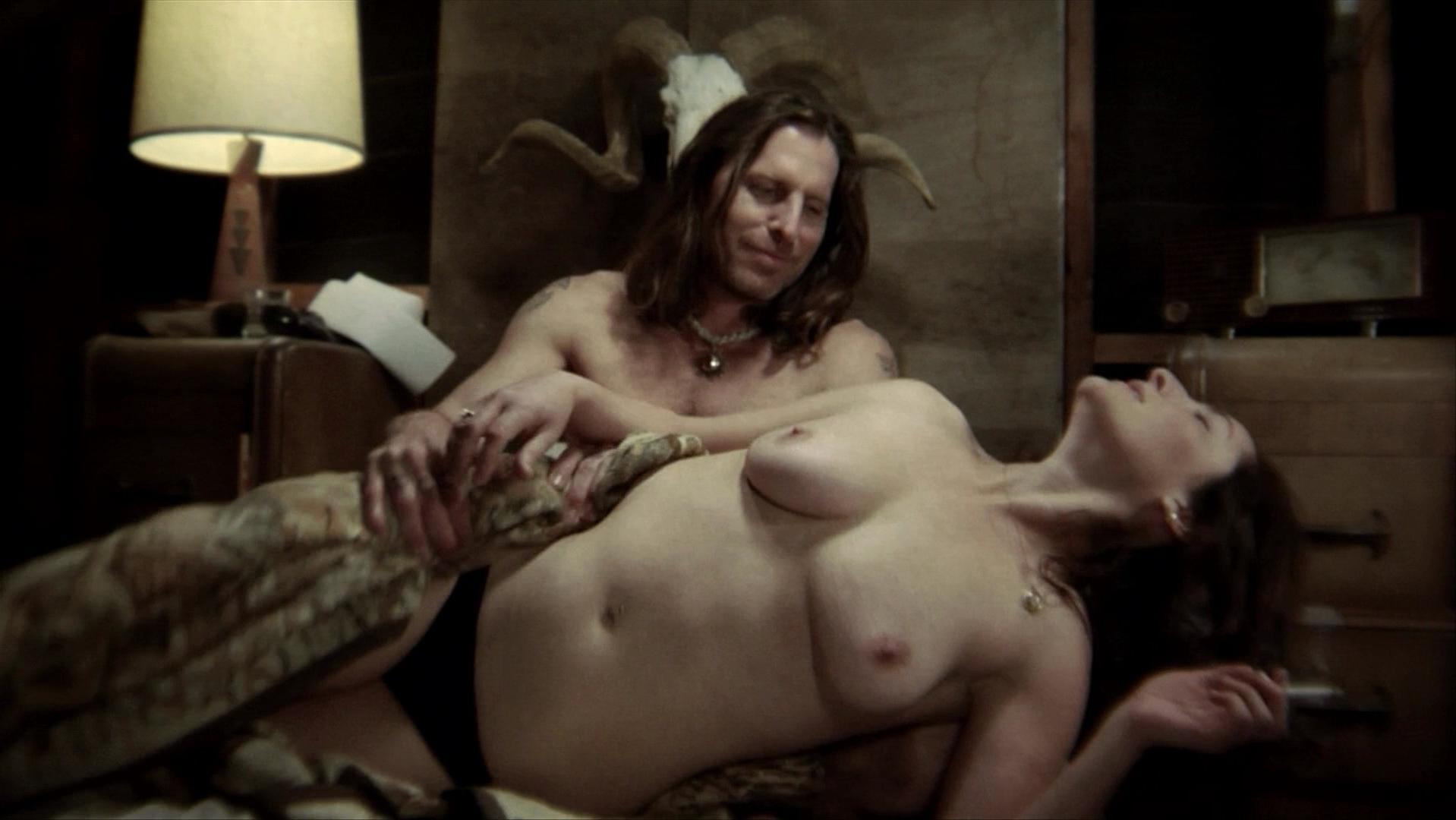 Ivet Corvea nude, Lori Soleil nude - Run! Bitch Run! (2009)