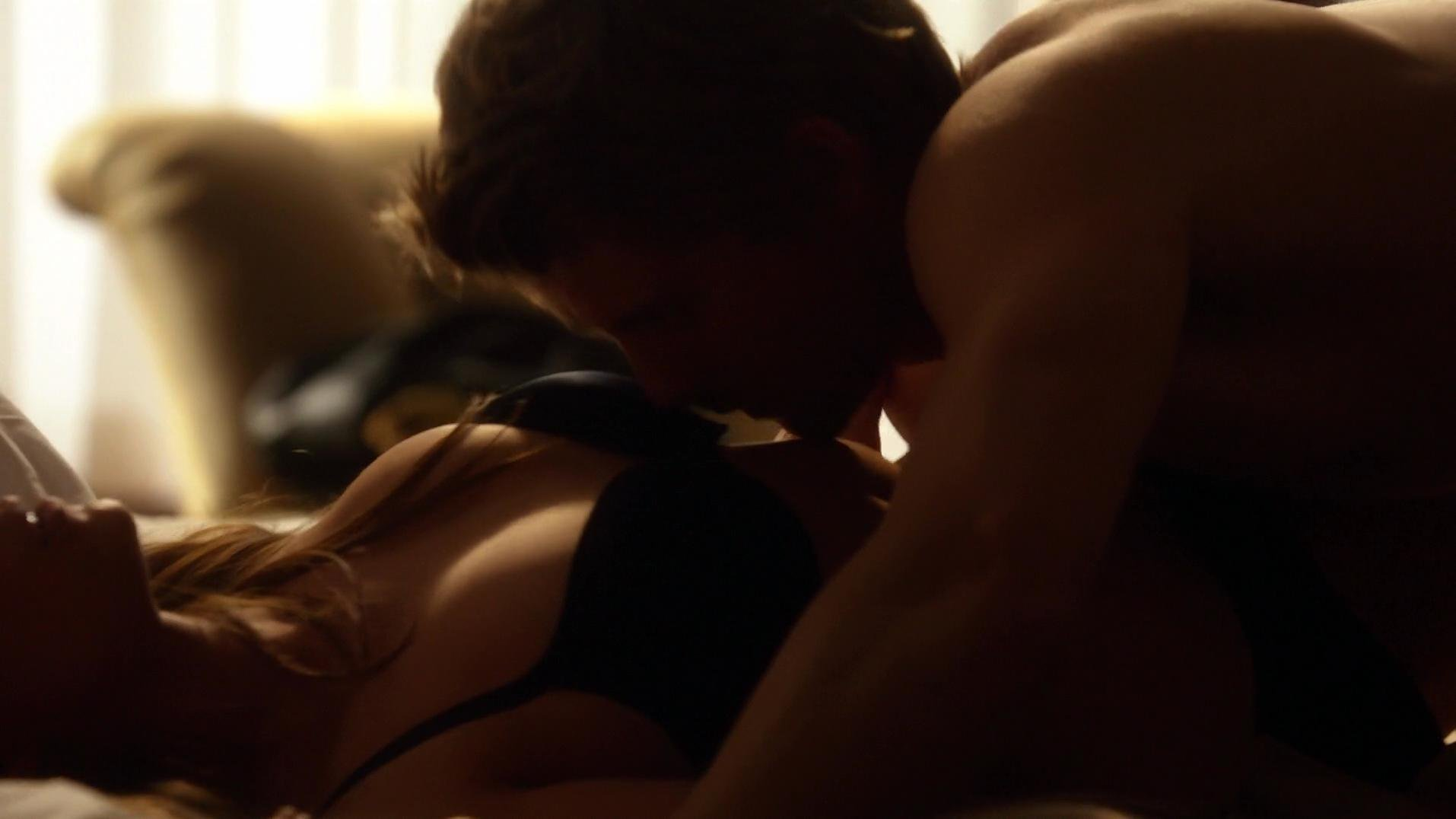 Peyton List sexy - The Tomorrow People s01e16 (2014)